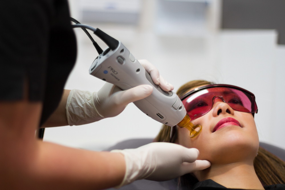 traitement laser couperose - vaisseau visage -Dr PEnna -Saint Germain en laye- Yvelines